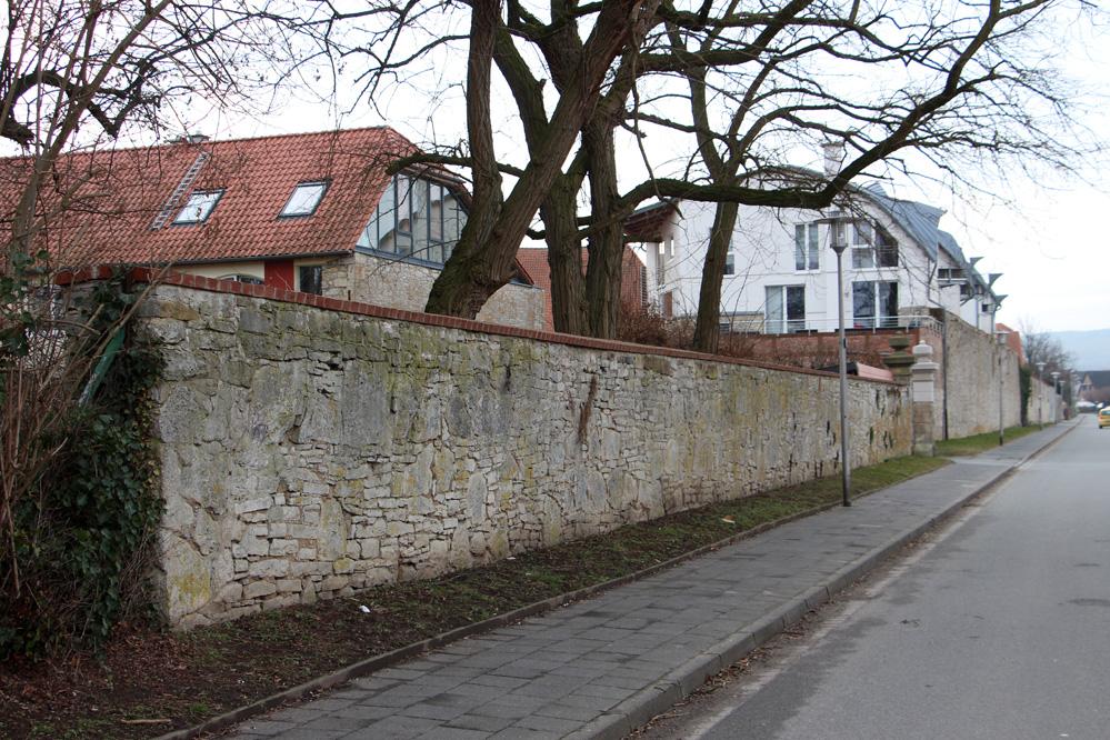 die Klostermauer